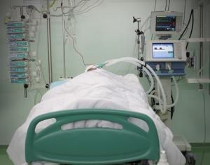 patient in an icu bed